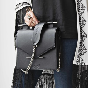 MAESTOSO BLACK SQUARE BAG