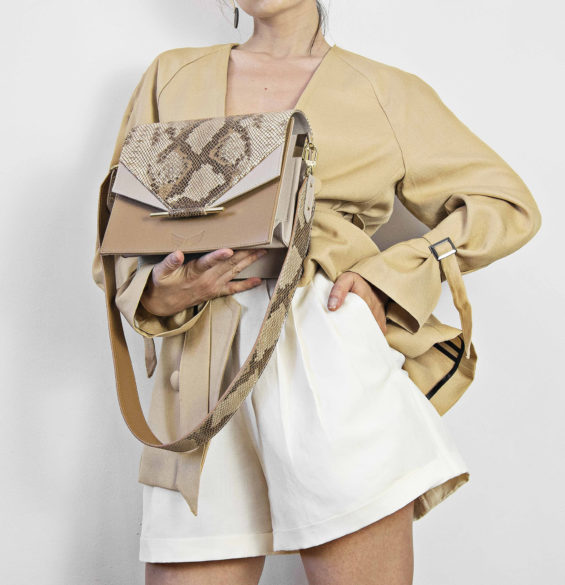 Geanta nude din piele naturala Maestoso Nude & Snake Print Allegro Bag