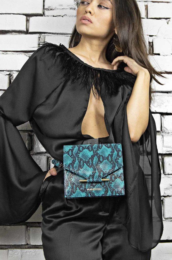 Geanta mini si borseta din piele naturala Maestoso Turquoise Snake Waist Bag