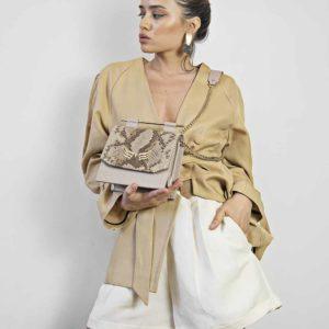 Geanta din piele naturala, culoarea nude cu textura sarpe Maestoso Nude & Snake Sparrow Bag
